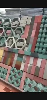 台震全自动智能砖机qt5-15a