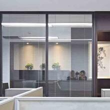 伟锦行专业办公室装修,高效可信赖图片