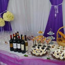 昆明知尔专业冷餐会,楼盘暖场,户外婚礼冷餐,会议茶歇、自助餐
