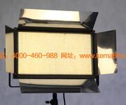 这么好看的LED演播室灯具是哪个厂家产的?图片