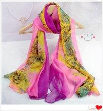 绍兴越缇纺织雪纺印花丝巾拼接时尚绚丽丝巾披肩定制