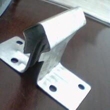 保定包钢产的DH36国标角钢单价图片