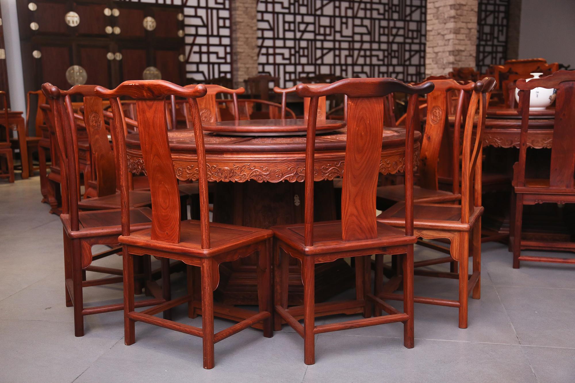新中式餐桌图片