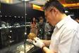 鸡血玉手镯怎样卖的价位高鸡血石成交价格