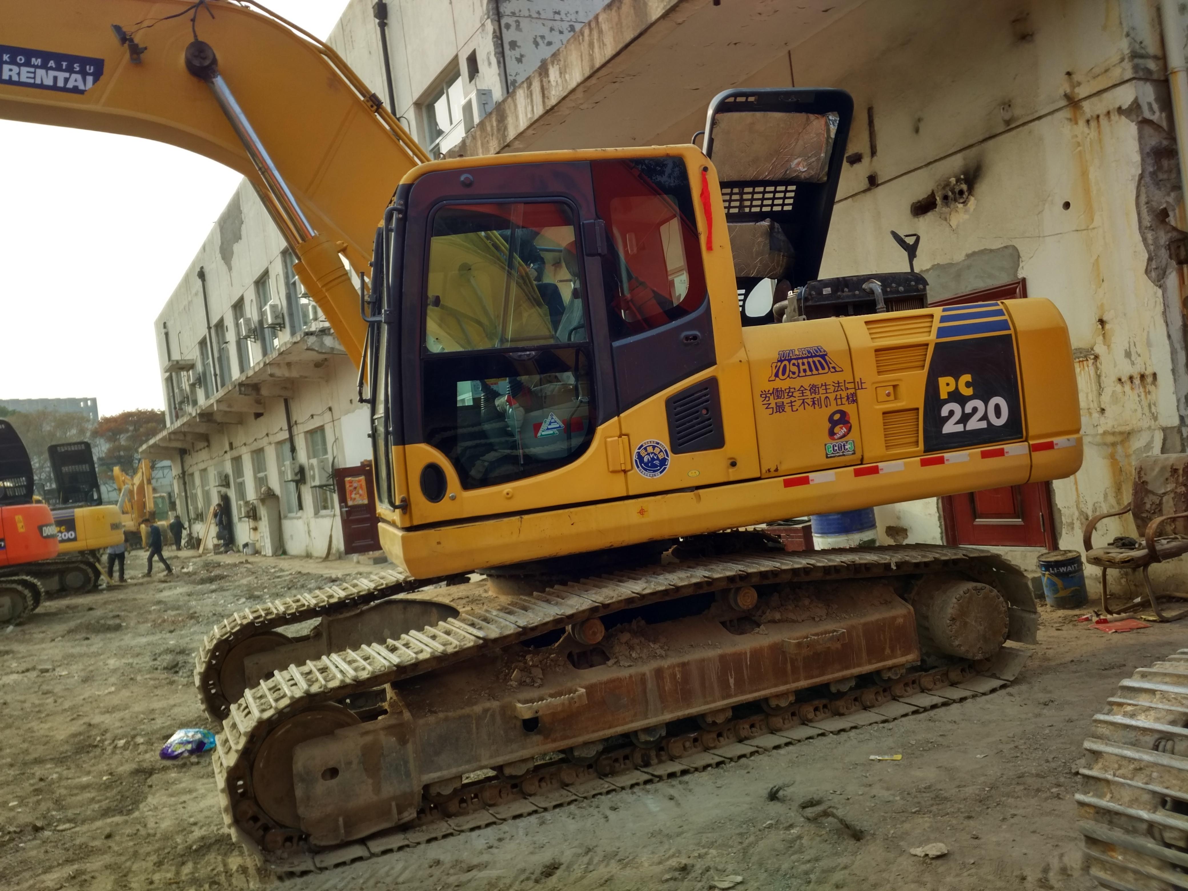 小松挖掘机220日本进口好的质量低的价格萧宽二手挖掘机销售