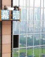 长沙电梯观光损坏玻璃更换