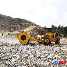 兴国县冲击式压路机冲击压路机中航设备多少钱图片