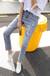 山东日照2017亚马逊牛仔裤批发膝盖破洞卷边牛仔裤女潮低价几元批发时尚款原单牛仔裤