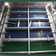电梯井模板吊模施工_电梯井井筒模板安装操作_新型电梯井浇筑图片