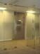 深圳宝安区宝安机场附近维修12厘钢化玻璃门破裂