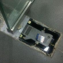 上海修玻璃门夹虹口区曲阳路玻璃门坏了怎么办安装地弹簧