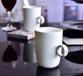唐山奧美瓷廠批發陶瓷創意描金鉆石指環杯定制骨瓷禮品馬克杯