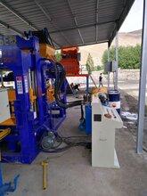 環保水泥磚機全自動透水磚機機械大型多功能液壓紅磚空心磚機圖片