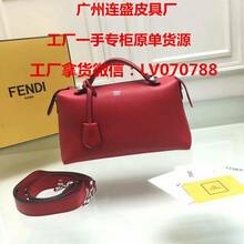 芬迪0216三面拉链皮夹亚黑色原版小牛皮FENDI超A货包包