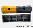 橡胶车轮定位器,挡车器,橡胶车轮挡轮器,停车场设施,车轮定位器图片