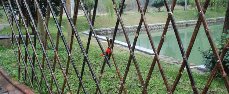 义乌市伸缩竹栅栏竹子围栏户外竹篱笆厂家供货
