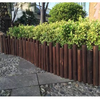 新疆和田洛浦竹护栏农家小院防腐慈溪市木篱笆竹栅栏