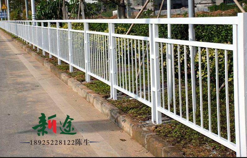 外观优美的市政护栏,同样也是城市的风景线