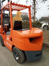 3.5吨三菱叉车,升3米货叉1.22米低价出售