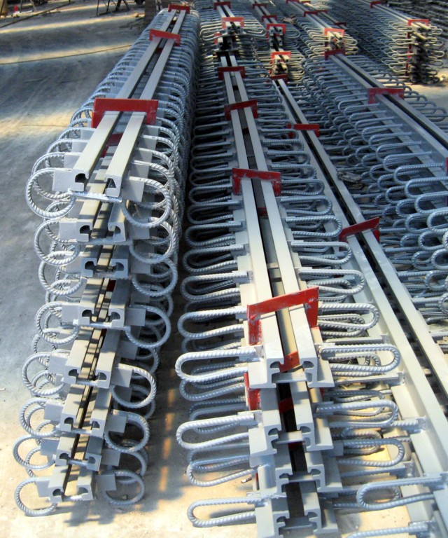 康晟GQF-C型桥梁伸缩缝产品特点桥梁伸缩缝价格