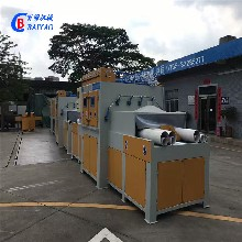 青島濟南臨沂噴砂機大型自動化噴砂設備鈦板不銹鋼板噴砂設備圖片