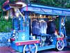 供应山东威海休闲街木质售货车移动摆卖屋布偶贩卖车饰品摆卖车