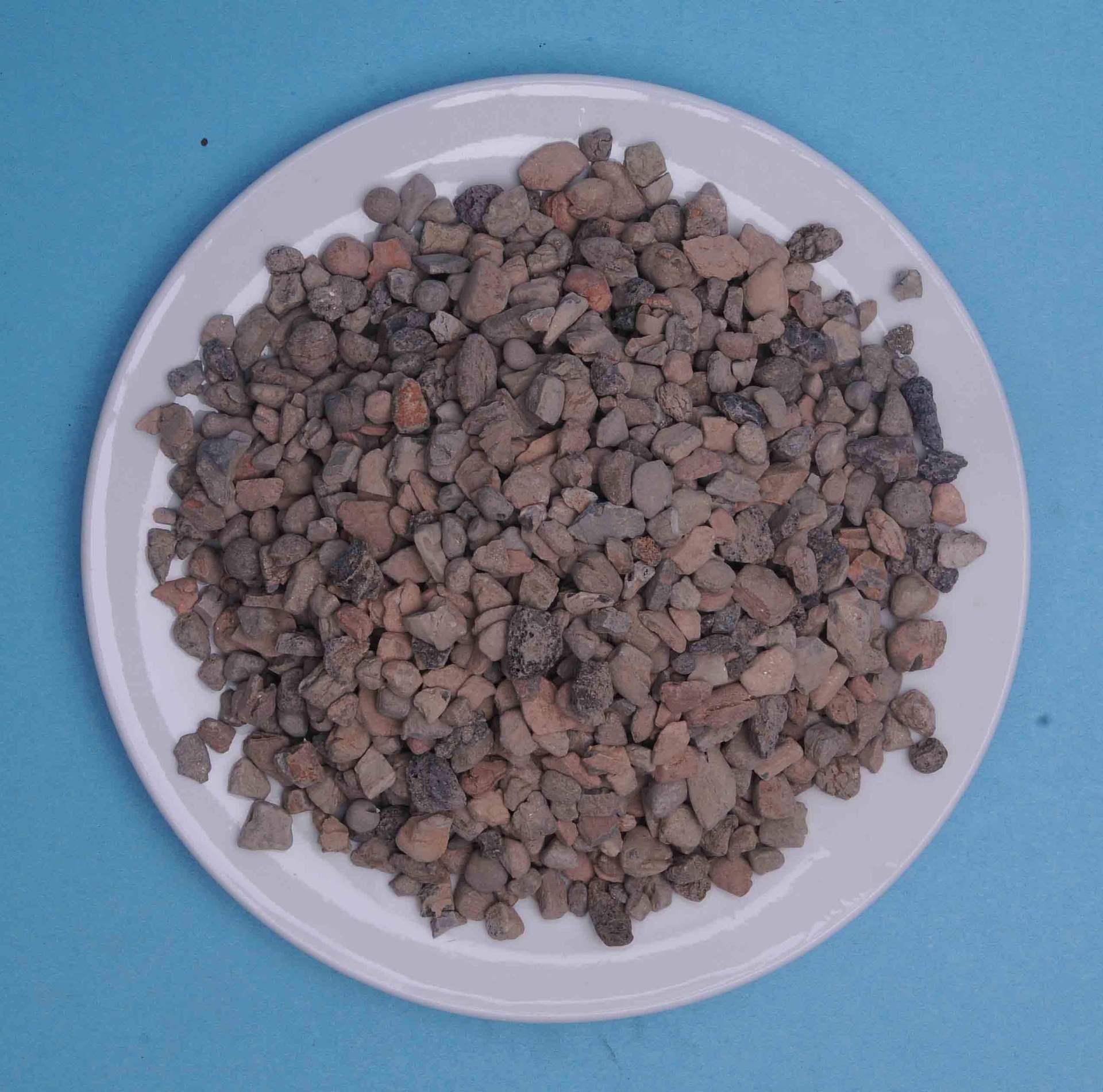 活性炭石英砂滤料图片