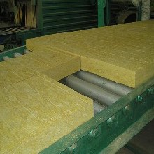 a级外墙岩棉保温板聚苯板挤塑板