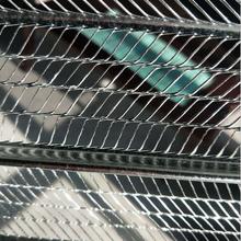 抹灰镀锌模板网轻钢房屋专用灌筑网轻钢别墅用金属网图片