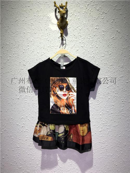 童装奥特莱斯夏款韩版纯白印花短袖T恤服饰品牌定位