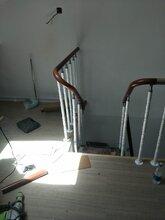 钢木楼梯实木楼梯护栏钢化玻璃图片