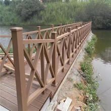 漳州木塑共擠地板廠家直供圖片