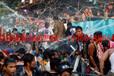 今年缅甸泼水节只允许搭建80个台