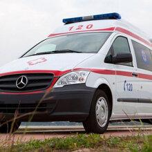 成都私人救救護車價格哪里有?圖片