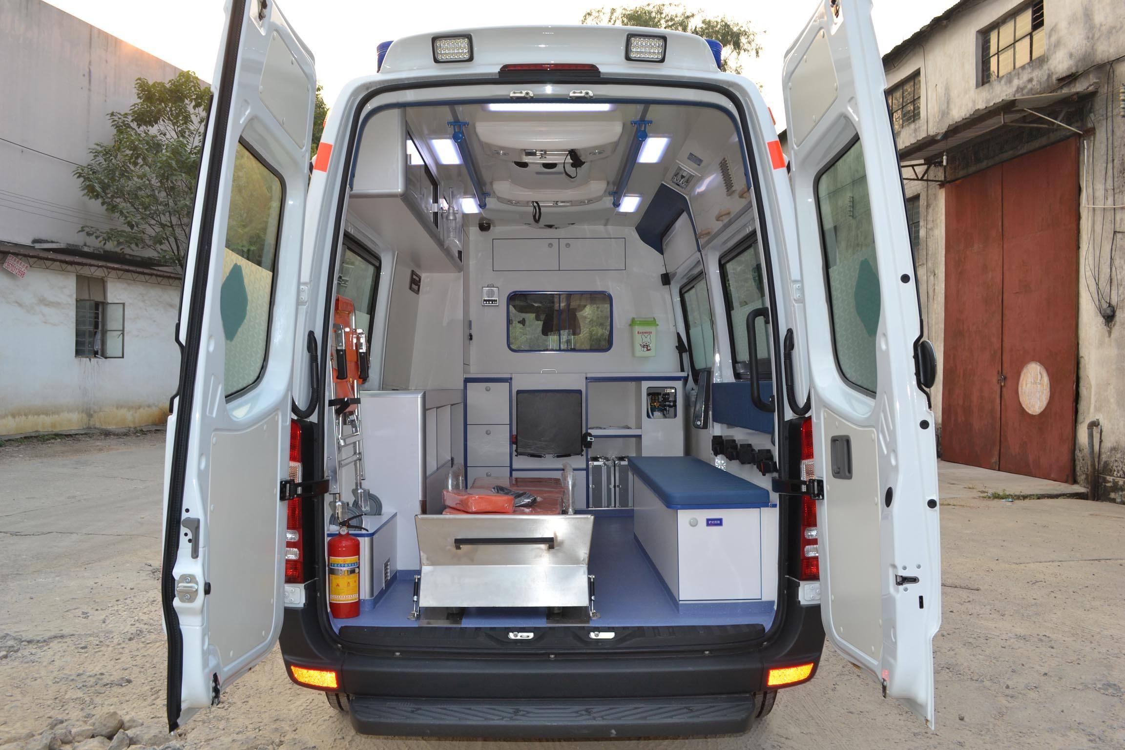 恩施万家送120救护车出租带呼吸机救护车出租