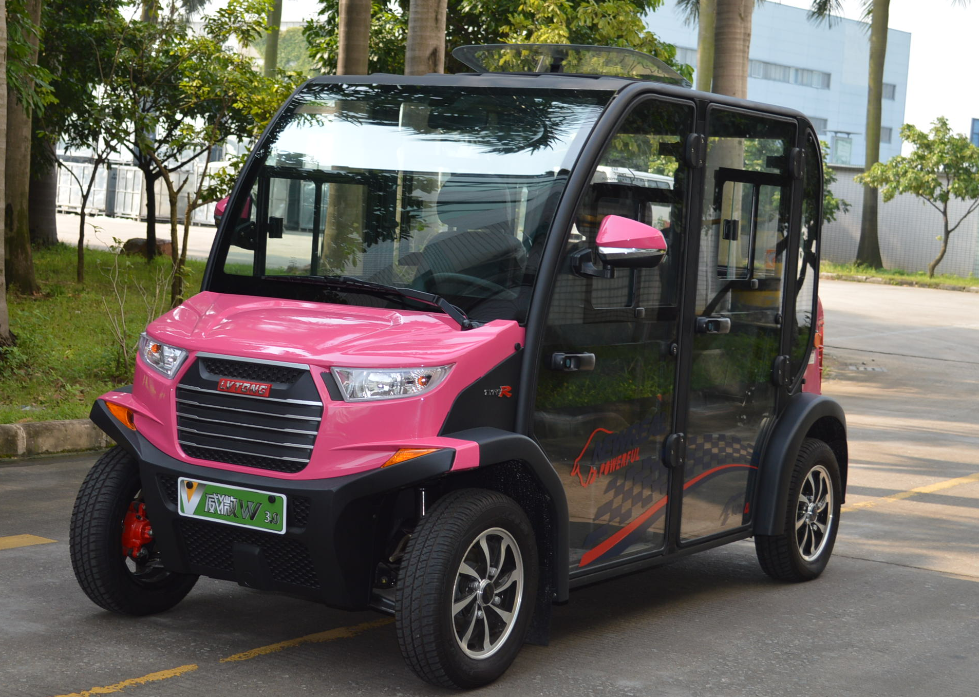 重庆厂家直销封闭式巡逻代步车,2-4人座规格齐全,可加装空调