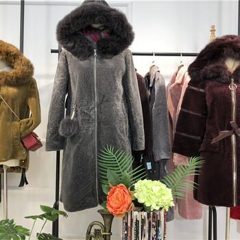 羊剪绒大衣品牌女装折扣店货源批发大码女装
