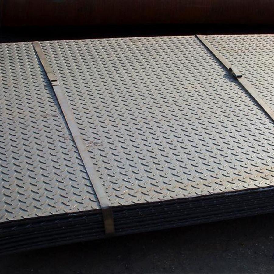 厂家现货热轧花纹钢板防滑花纹板q235b镀锌花纹板卷