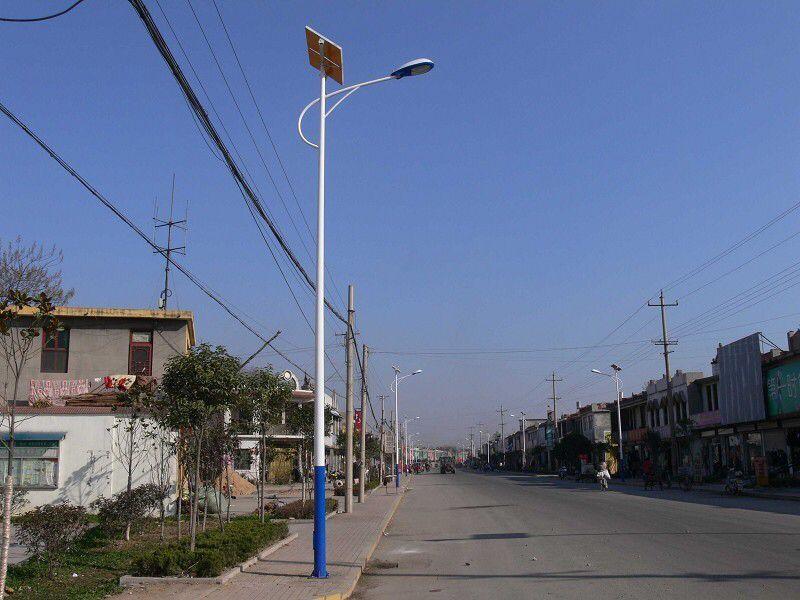 8米太阳能路灯报价 厂家
