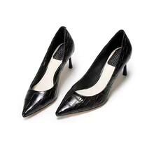 真鳄鱼肚皮女士高跟鞋鳄鱼皮高跟鞋厂家预订
