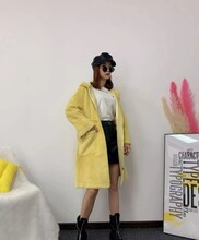 廣州潮牌開衫品牌折扣女裝批發黑白系列走份批發潮圖片