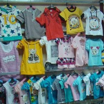 高价回收布料面料服装纺织品库存积压服装童装男女装等