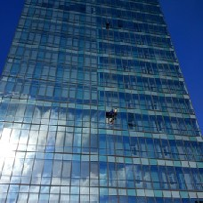 深圳供应更换玻璃公司,玻璃拆装高层玻璃更换,超大玻璃安装,大板玻璃维修更换