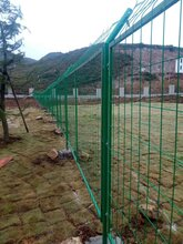 遵义铁艺围栏、遵义铁艺栏杆、遵义铁艺护栏、遵义铁艺门窗图片