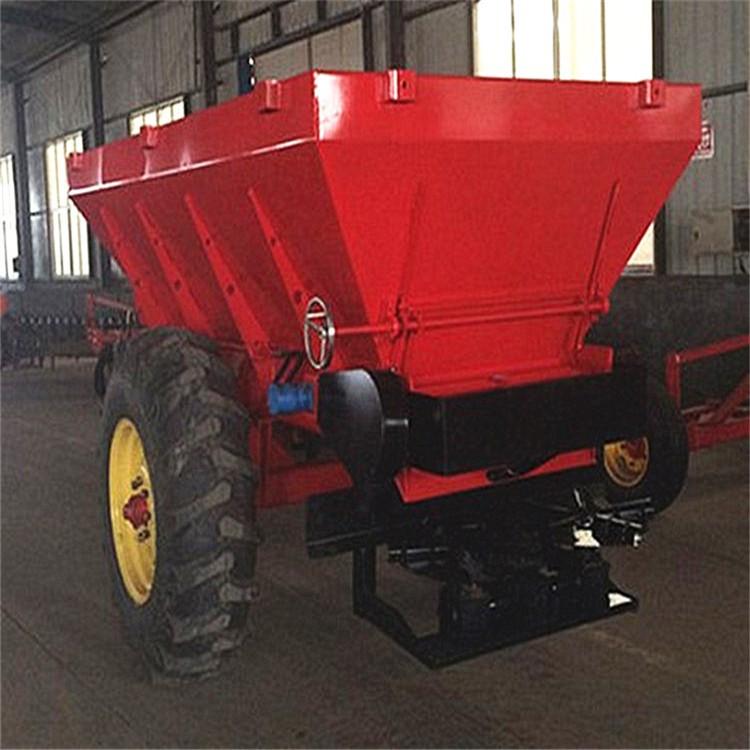 四轮拖拉机带的撒肥车农田抛肥机牛羊粪撒粪车农业机械