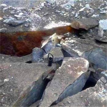 山西晋城煤矿井下大块矸石使用气体爆破致裂二氧化碳爆破