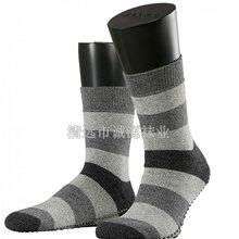 廣東襪子加工廠家貼牌精梳棉長筒襪商務長筒男襪條紋襪圖片
