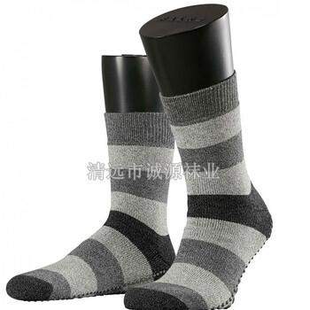 广东袜子加工厂家贴牌精梳棉长筒袜商务长筒男袜条纹袜