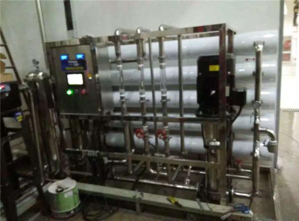 苏州水处理设备柴油机尾气处理液配料用水设备