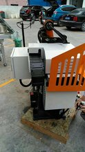 价格合理的送料机械手车床自动送料机、锌、铝、镁、铜压铸机图片